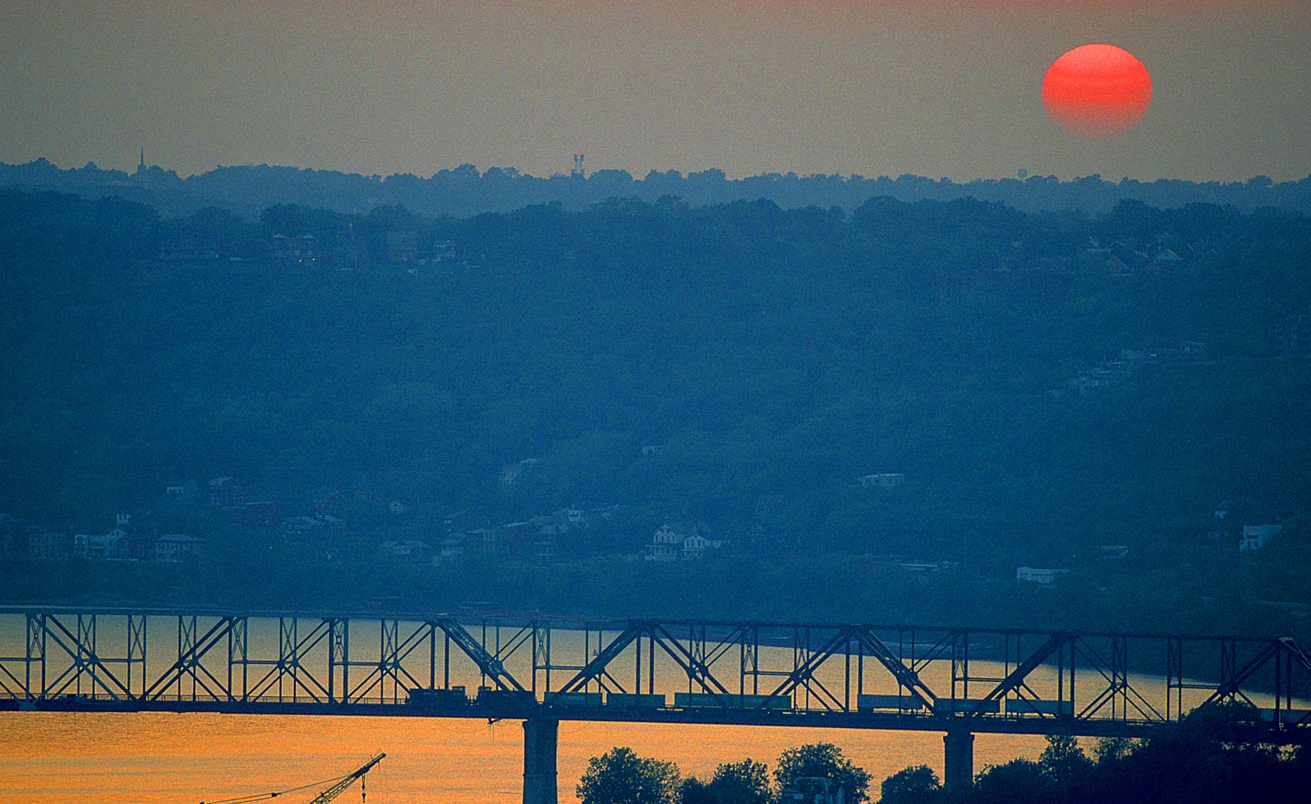 Cincinnati-west-train-bridge-sunset
